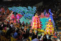 chingay 2011 ståtar singapore Arkivfoton