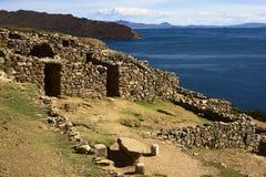 Chinkana废墟在Isla在的喀喀湖,玻利维亚的del Sol的 免版税图库摄影