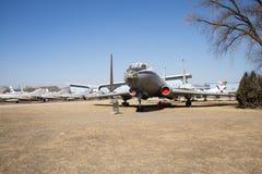 Chino asiático, museo de la aviación de Pekín, fotografía de archivo