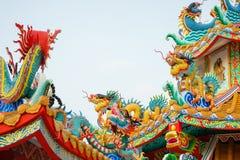 Chino concreto colorido Dragon Statue Fotos de archivo libres de regalías
