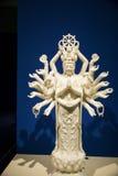 Chino de Asia, Pekín, Museo Nacional, Bodhisattva de la Mil-mano Fotos de archivo libres de regalías