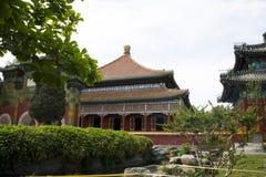 Chino parque de Asia, Pekín, Beihai, el pequeño oeste, pasillo lateral Foto de archivo libre de regalías