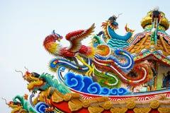 Chinois concret coloré Dragon Statue Photographie stock