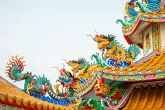Chinois concret coloré Dragon Statue Photos libres de droits