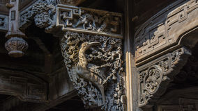 Chinois Qing Dynasty Wood Carving Architecture Images libres de droits