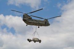 Chinuk británico de Boeing CH-47 del ejército Foto de archivo