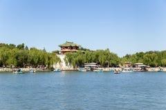 Chiny, Pekin Lato Cesarski pałac (Yihe Juan) Budujący na brzeg Kunming jezioro Zdjęcia Royalty Free