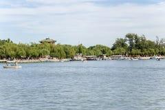 Chiny, Pekin Lato pałac (Yihe Juan) Budujący na brzeg Kunming jezioro Fotografia Stock