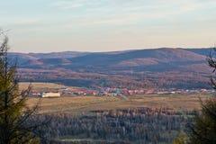 Chiny Wewnętrzny Mongolia Arxan jesieni sceneria Obrazy Stock