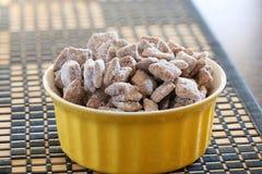 Chiocolate y bocado del cereal Foto de archivo libre de regalías
