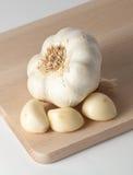 Chiodi di garofano e testa di aglio Immagine Stock Libera da Diritti