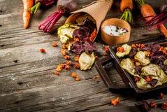 Chip casalinghi della verdura Immagini Stock