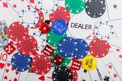 Chip, dadi e carte da gioco di poker Immagine Stock Libera da Diritti