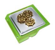 Chip de ordenador con las ruedas dentadas Fotos de archivo libres de regalías