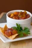 Chip della salsa e del chipotle del mango della pesca Fotografia Stock