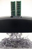 Chip di memoria che tagliuzza i dati binari Fotografie Stock Libere da Diritti