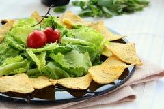 Chip di tortiglia messicani con lattuga Fotografia Stock Libera da Diritti