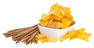Chip e Saltsticks (con il percorso di residuo della potatura meccanica) Fotografie Stock Libere da Diritti