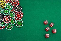 Chip su verde Immagini Stock