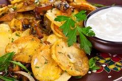 chiper grillade smakligt arkivfoton