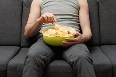 chiper som äter mannen Royaltyfria Foton