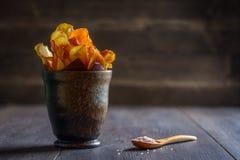 Chips de légume à racine Image libre de droits