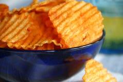 Chips und Bier stockbild