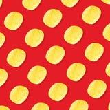 Chipspatroon op rode hoogste mening als achtergrond stock afbeeldingen