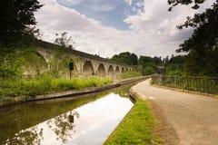 Chirk l'aqueduc et le viaduc image stock
