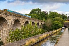 Chirk l'aqueduc et le viaduc, Wrexham, Pays de Galles, R-U photographie stock