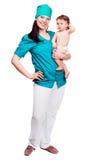 Chirurg met een baby Royalty-vrije Stock Afbeeldingen