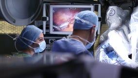 Chirurgie robotique Robot médical - longueur courante banque de vidéos