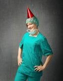 Chirurgien drôle d'hôpital pour des enfants photo libre de droits