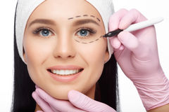 Chirurgii plastycznej kobiety twarz Zdjęcia Royalty Free