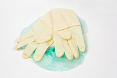 Chirurgische medische latexhandschoen en GLB Royalty-vrije Stock Foto's