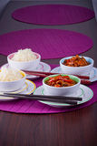 Chińscy ryż z cukierki i podśmietania kurczakiem Zdjęcie Royalty Free