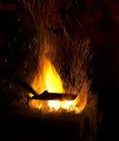 Chispas del fuego de la herrería Imágenes de archivo libres de regalías