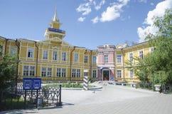 Chita, RU - Jul17 2014: A estação de correios de madeira velha na cidade de Chita, foi construída em 1893 Fotos de Stock Royalty Free