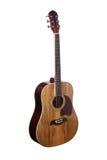 Chitarra acustica classica di legno naturale isolata su un fondo bianco Immagini Stock Libere da Diritti