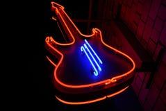 Chitarra al neon Fotografie Stock