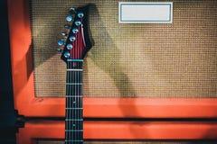 Chitarra con l'amplificatore Immagine Stock Libera da Diritti