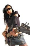 Chitarra della holding della ragazza della roccia Fotografia Stock