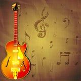 Chitarra di jazz su fondo di carta con le note di musica Immagini Stock