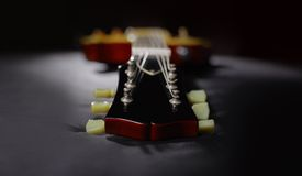 Chitarra rossa elettrica Fotografie Stock