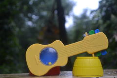 Chitarra un giocattolo Fotografia Stock Libera da Diritti