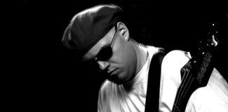 Chitarrista basso Fotografie Stock