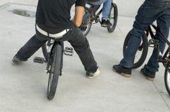 Chiuda in su dei piedini maschii Fotografie Stock Libere da Diritti