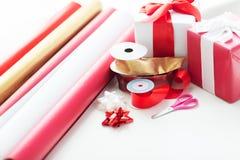 Chiuda in su dei regali di Natale Fotografia Stock