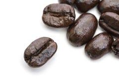 Chiuda su del gruppo di chicchi di caffè Fotografia Stock Libera da Diritti