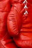 Chiuda su del guantone da pugile Fotografie Stock